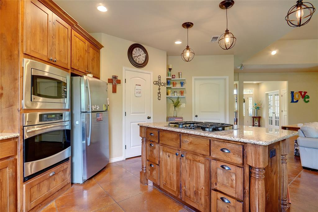 207 Goodson  Way, Denton, Texas 76207 - acquisto real estate best real estate company to work for