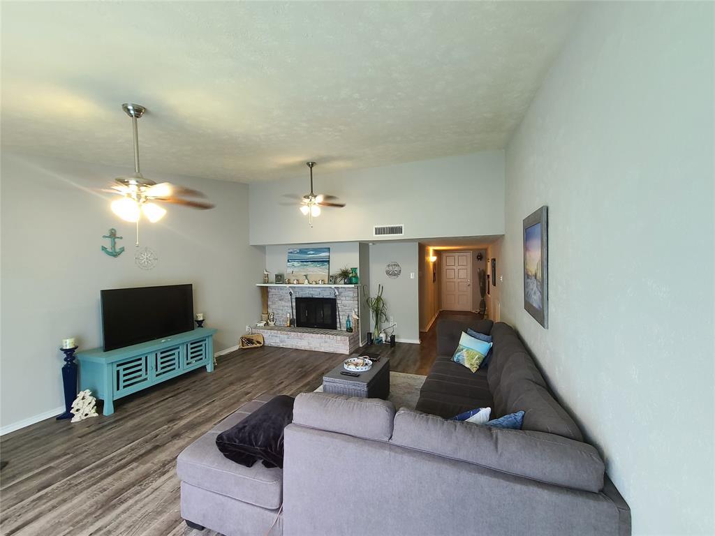 3912 Villa Downs  Drive, Plano, Texas 75023 - acquisto real estate best allen realtor kim miller hunters creek expert