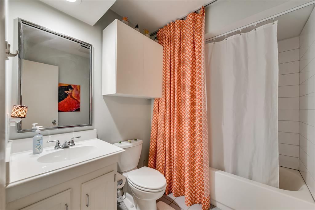 10918 Listi  Drive, Dallas, Texas 75238 - acquisto real estate best realtor foreclosure real estate mike shepeherd walnut grove realtor