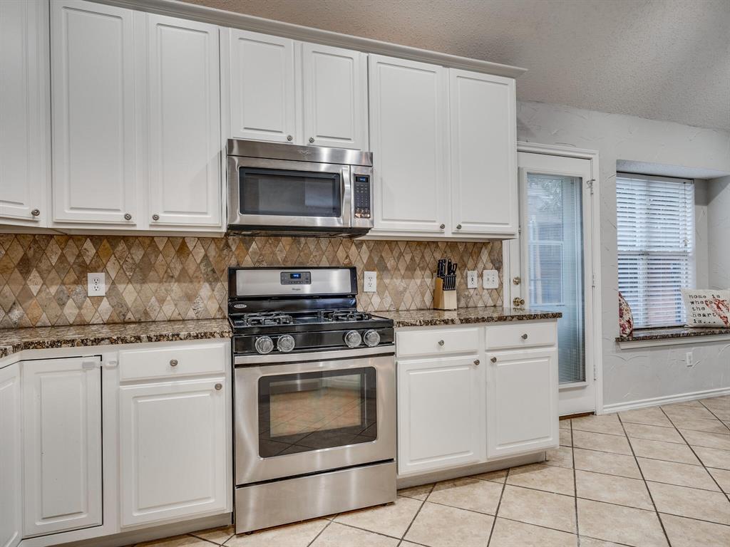 1854 Crosshaven  Drive, Lewisville, Texas 75077 - acquisto real estate best allen realtor kim miller hunters creek expert