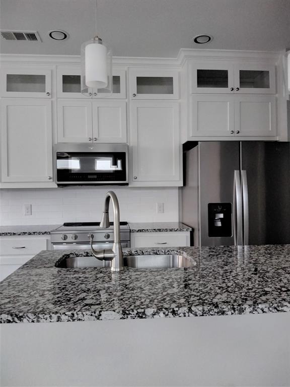 2231 Lovedale  Avenue, Dallas, Texas 75235 - acquisto real estate best designer and realtor hannah ewing kind realtor