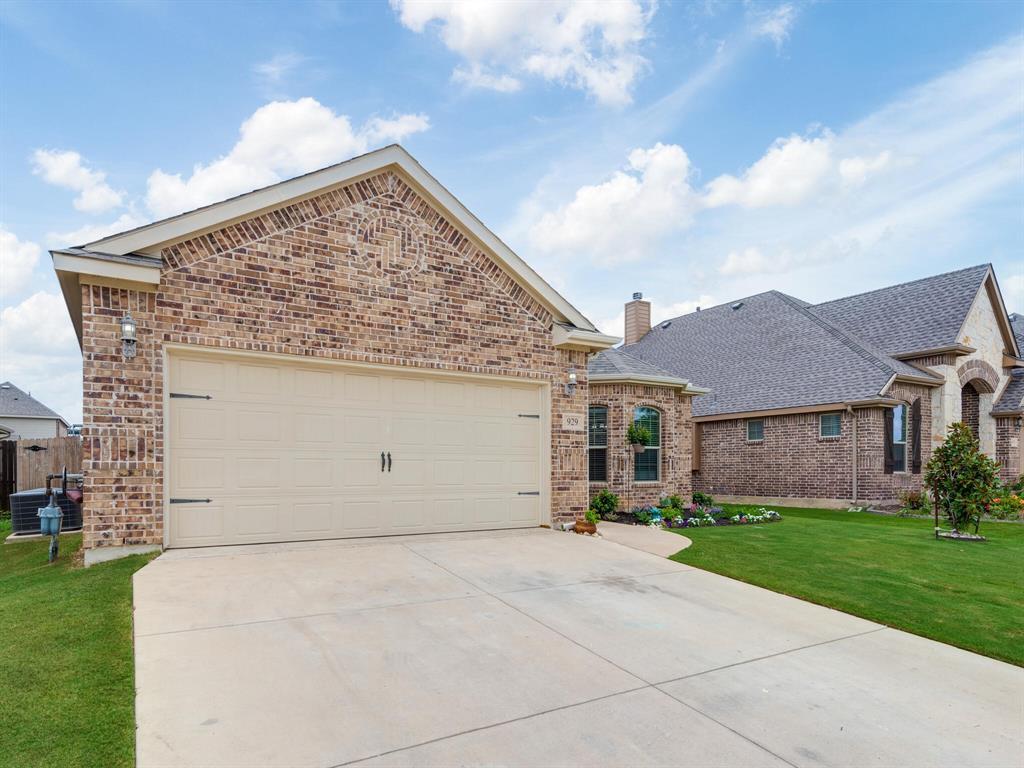 929 Viburnum  Drive, Fort Worth, Texas 76131 - Acquisto Real Estate best mckinney realtor hannah ewing stonebridge ranch expert