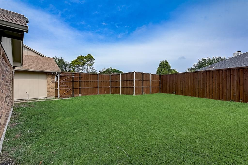 405 Kingsbridge  Court, Garland, Texas 75040 - acquisto real estate best listing photos hannah ewing mckinney real estate expert