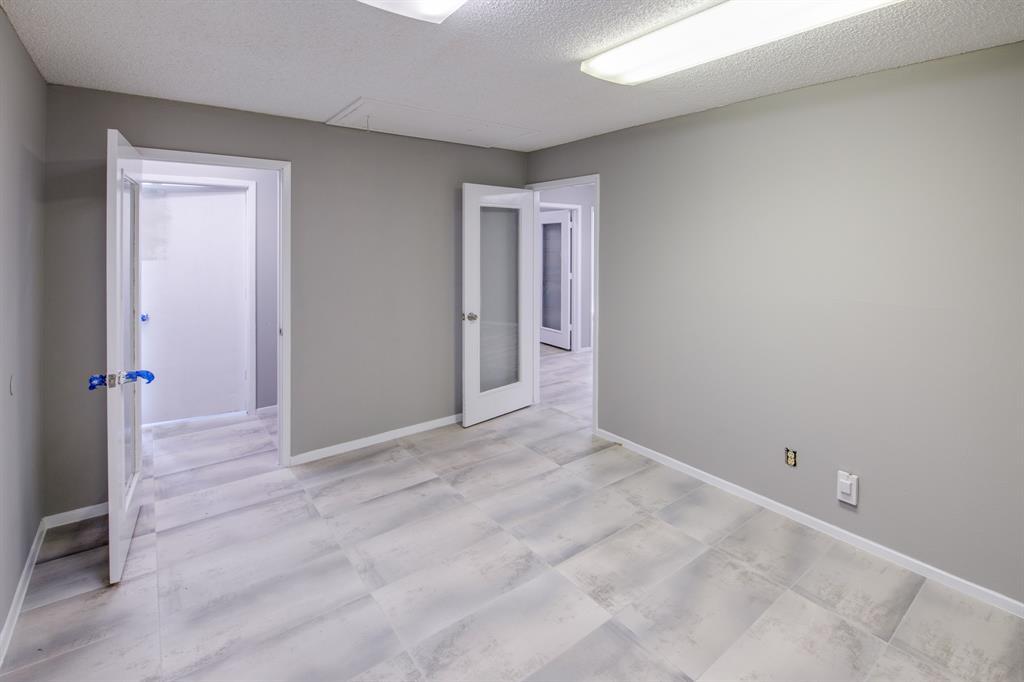 3105 Arkansas  Lane, Dalworthington Gardens, Texas 76016 - acquisto real estate best style realtor kim miller best real estate reviews dfw