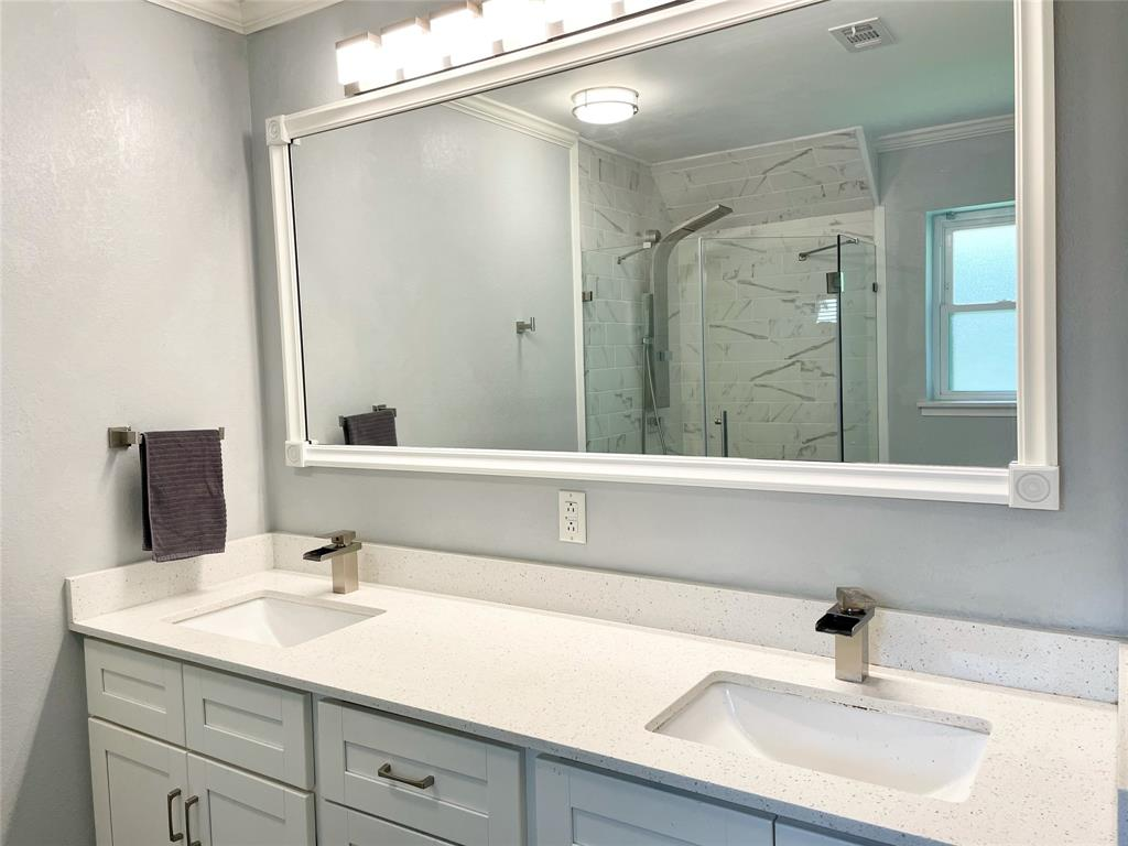 1756 Renee  Drive, Hurst, Texas 76054 - acquisto real estate best designer and realtor hannah ewing kind realtor