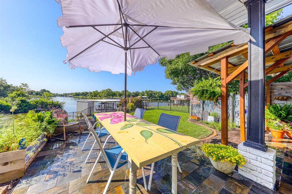 441 Ewell  Street, Granbury, Texas 76048 - Acquisto Real Estate best plano realtor mike Shepherd home owners association expert