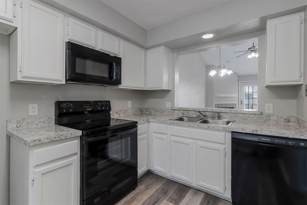 9601 Forest  Lane, Dallas, Texas 75243 - acquisto real estate best prosper realtor susan cancemi windfarms realtor