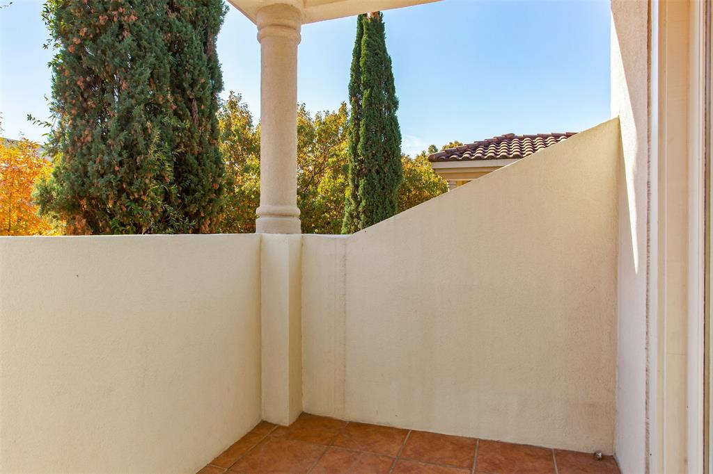 3817 Travis  Street, Dallas, Texas 75204 - acquisto real estate best plano real estate agent mike shepherd