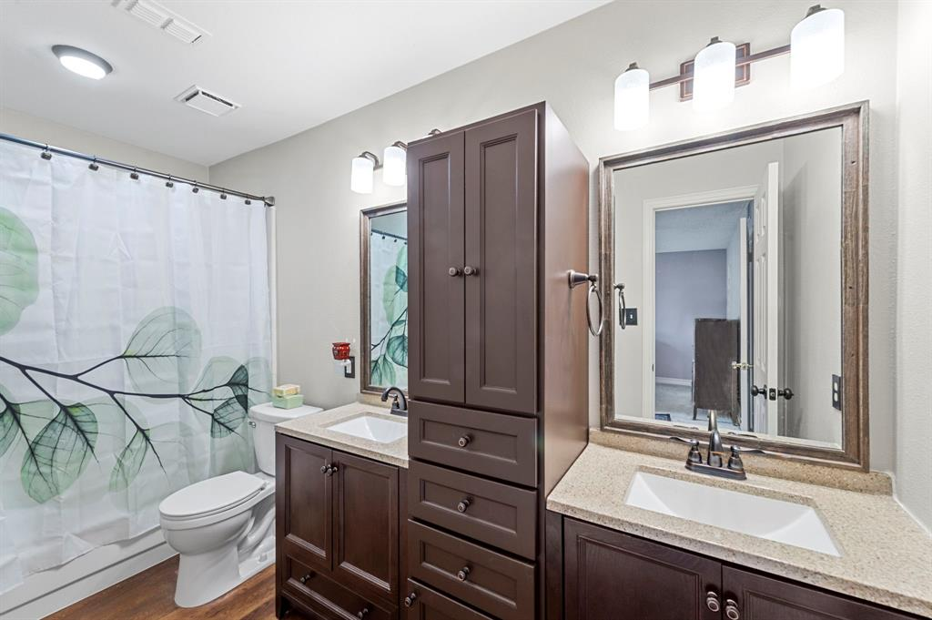 2112 Crestmeadow  Street, Denton, Texas 76207 - acquisto real estate best designer and realtor hannah ewing kind realtor