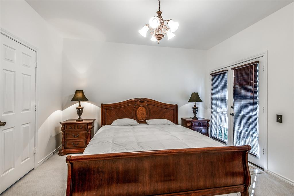 4519 Gilbert  Avenue, Dallas, Texas 75219 - acquisto real estate best investor home specialist mike shepherd relocation expert