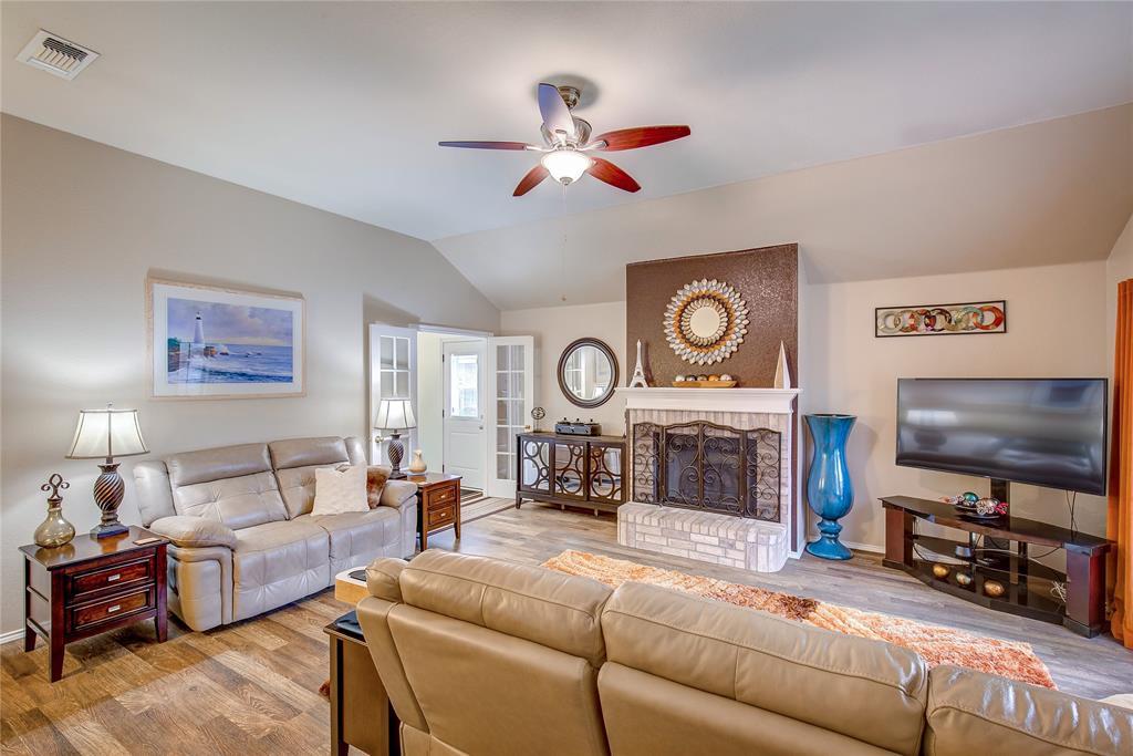 3005 Scenic Glen  Drive, Mansfield, Texas 76063 - acquisto real estate best prosper realtor susan cancemi windfarms realtor