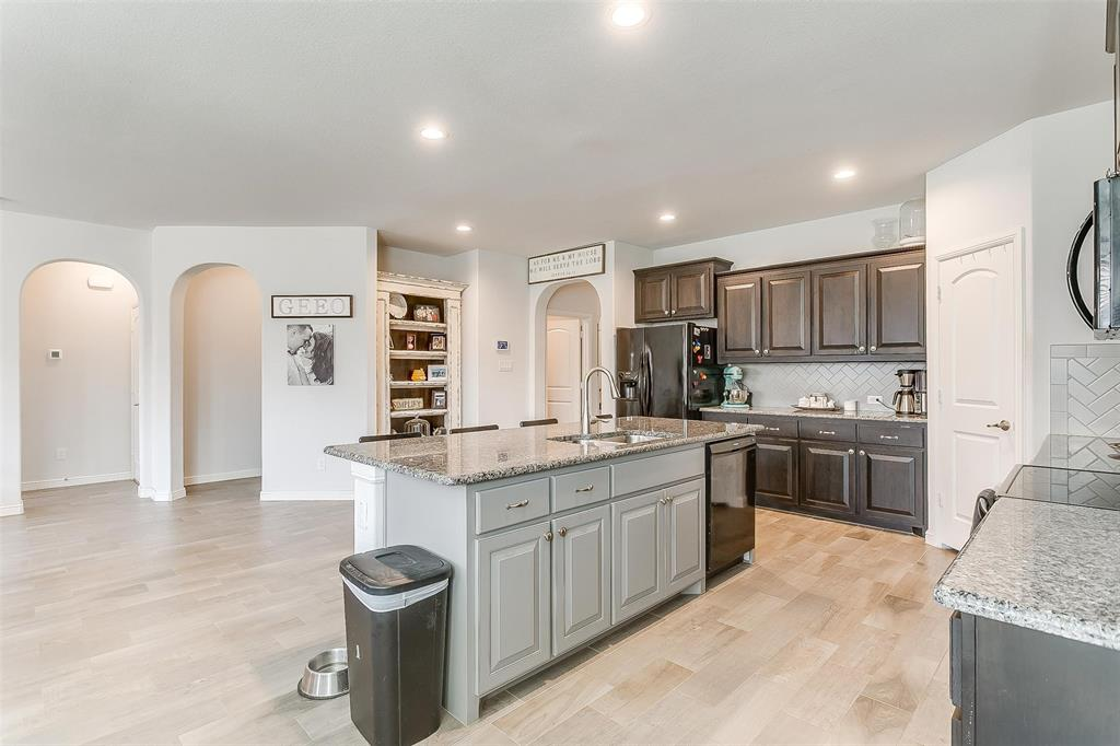 841 Doe Meadow  Drive, Fort Worth, Texas 76028 - acquisto real estate best real estate company to work for