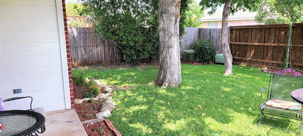 329 Willowstone  Trail, Saginaw, Texas 76179 - acquisto real estate best plano real estate agent mike shepherd