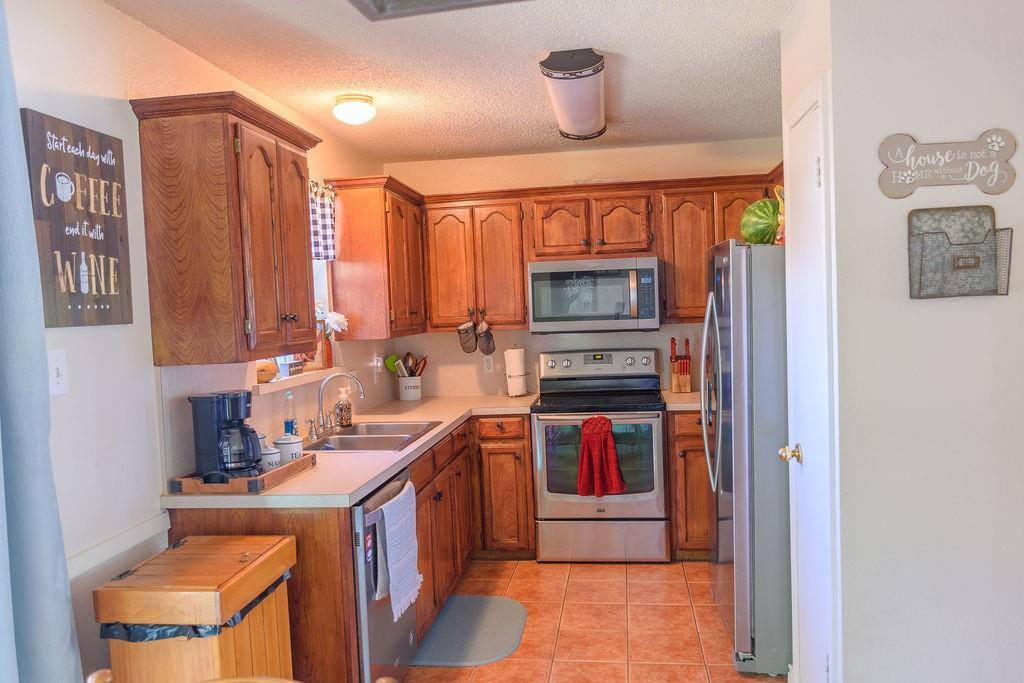 206 Hackberry  Drive, Greenville, Texas 75402 - acquisto real estate best luxury buyers agent in texas shana acquisto inheritance realtor