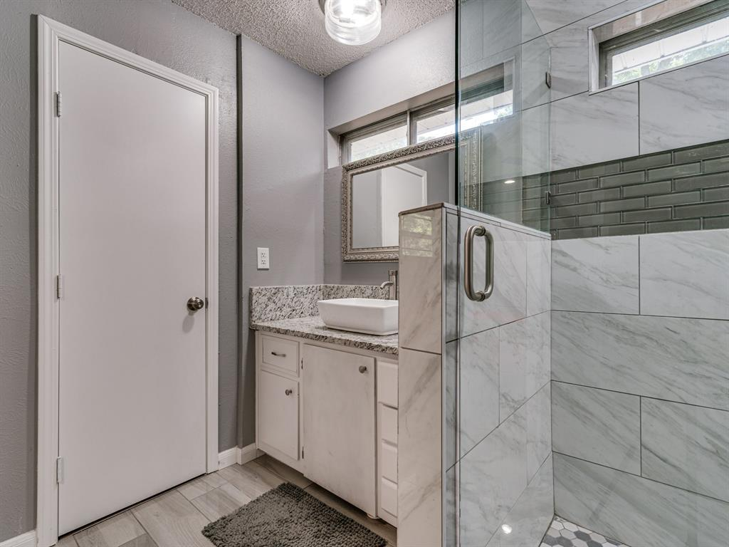 1719 Nueces  Trail, Arlington, Texas 76012 - acquisto real estaet best boutique real estate firm in texas for high net worth sellers