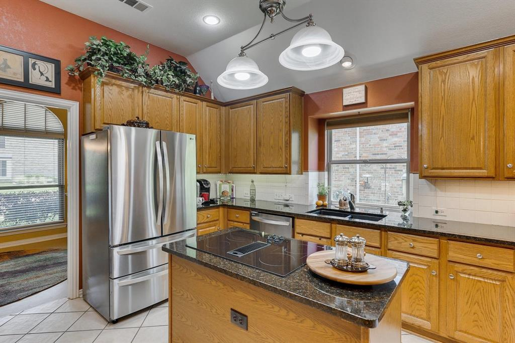 213 Longmeadow  Drive, Coppell, Texas 75019 - acquisto real estate best photos for luxury listings amy gasperini quick sale real estate