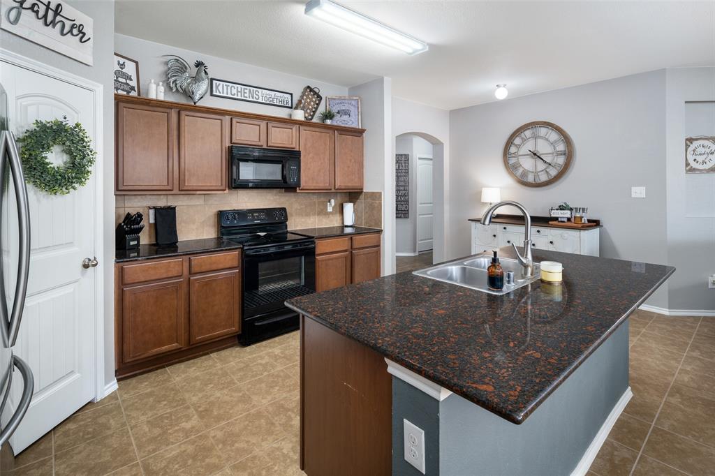 1107 Rainer  Drive, Princeton, Texas 75407 - acquisto real estate best luxury buyers agent in texas shana acquisto inheritance realtor