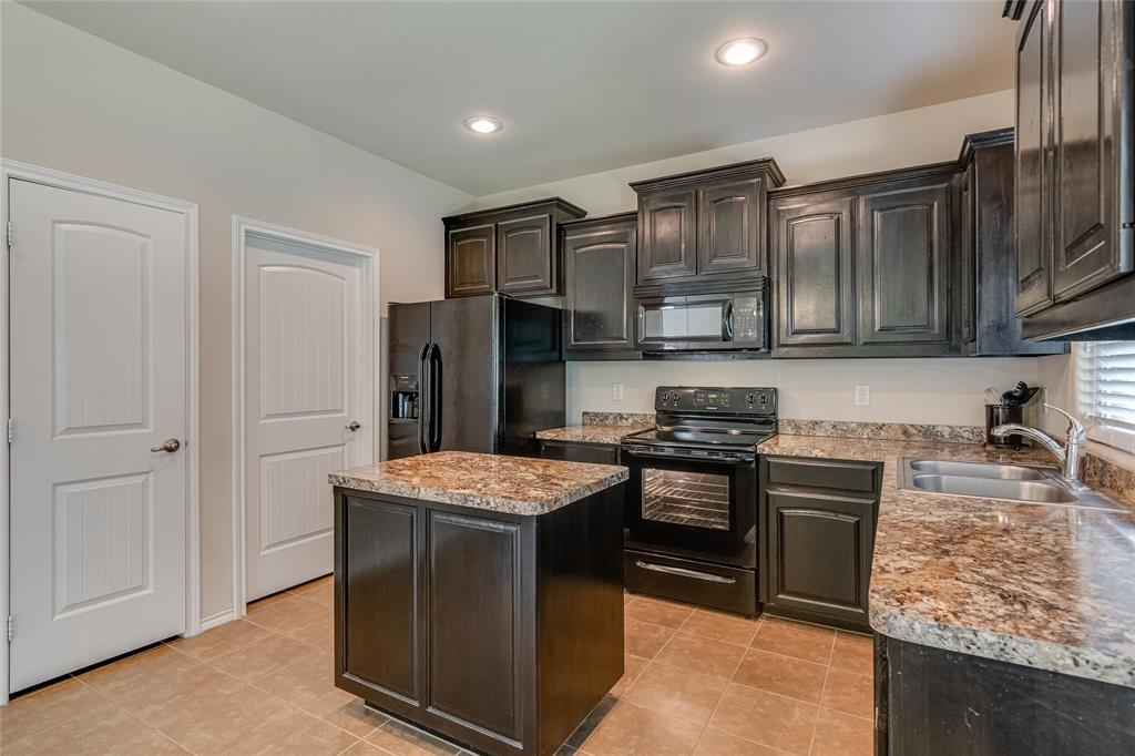 7105 Canisius  Court, Fort Worth, Texas 76120 - acquisto real estate best luxury buyers agent in texas shana acquisto inheritance realtor