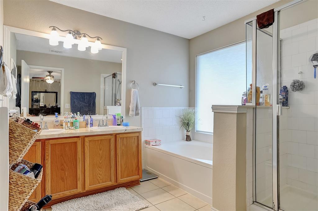 1113 Mallard  Drive, Sherman, Texas 75092 - acquisto real estate best style realtor kim miller best real estate reviews dfw