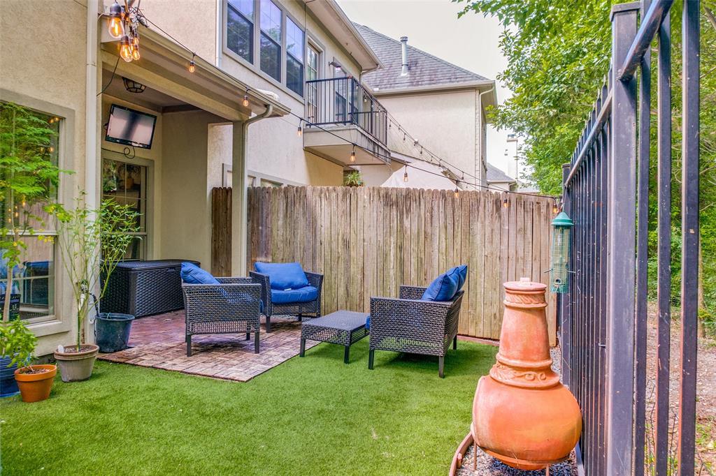 8821 Tudor  Place, Dallas, Texas 75228 - acquisto real estate best realtor foreclosure real estate mike shepeherd walnut grove realtor