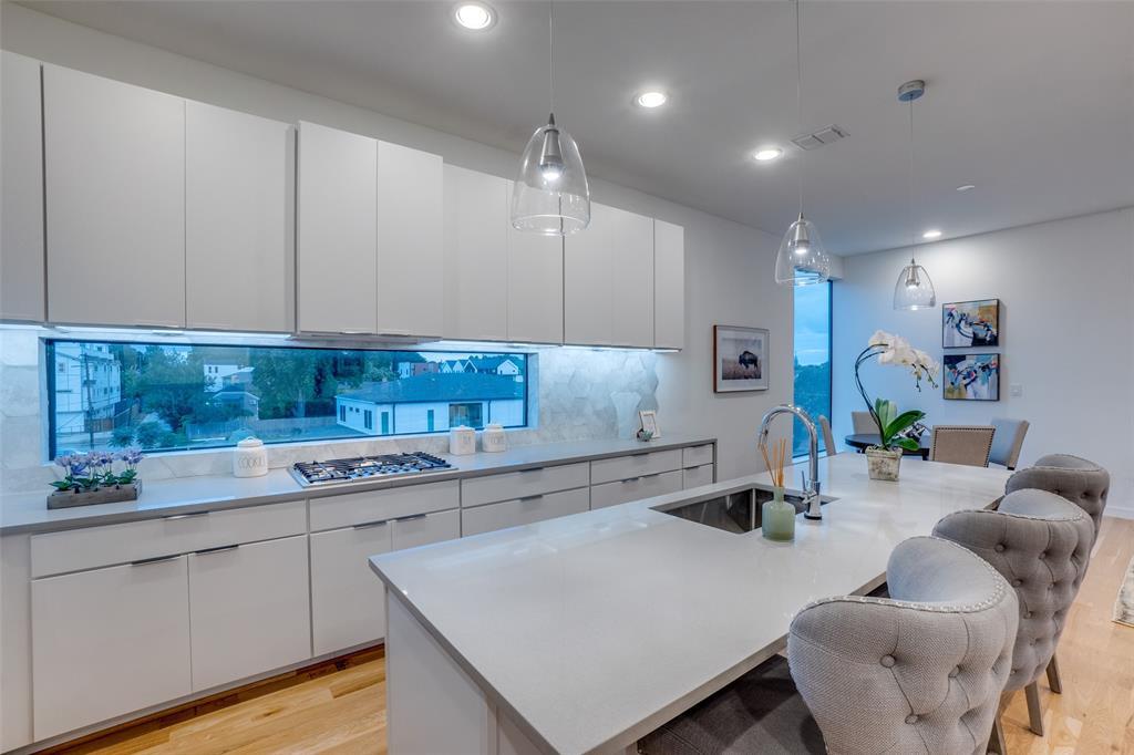 4828 Caxton  Court, Dallas, Texas 75204 - acquisto real estate best new home sales realtor linda miller executor real estate