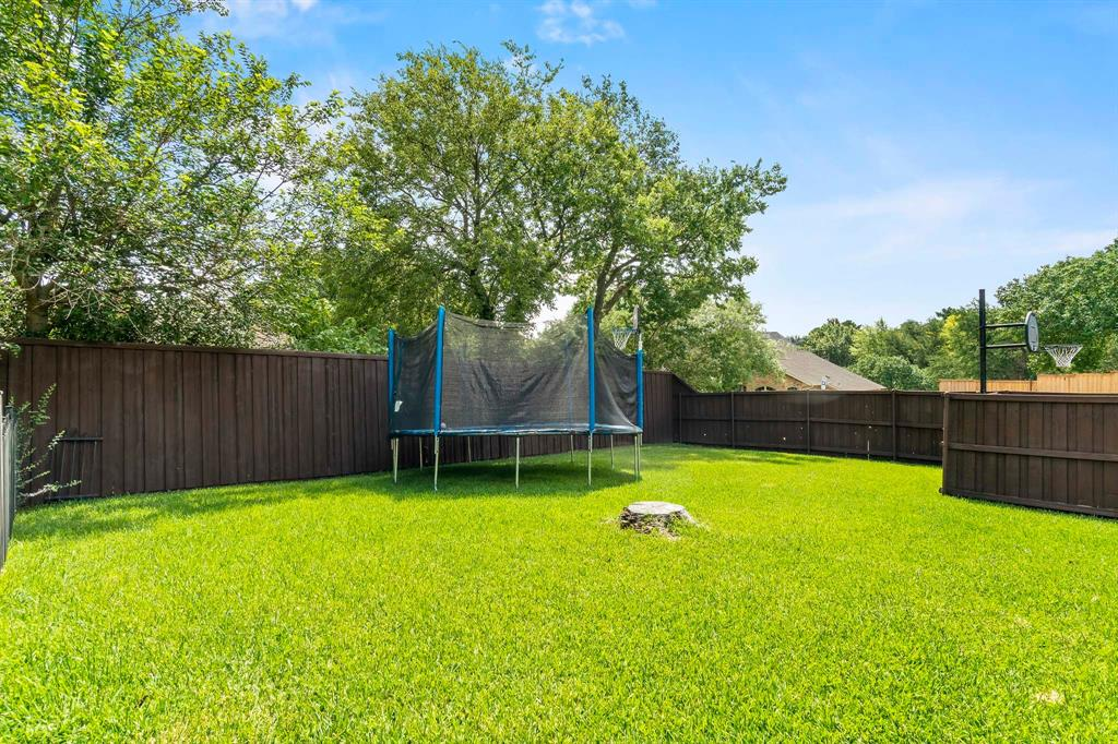 3510 Luther  Lane, Garland, Texas 75043 - acquisto real estate best realtor foreclosure real estate mike shepeherd walnut grove realtor