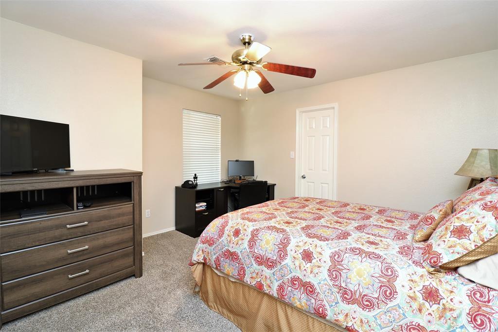 2208 Eden Green  Drive, Arlington, Texas 76001 - acquisto real estate best realtor westlake susan cancemi kind realtor of the year