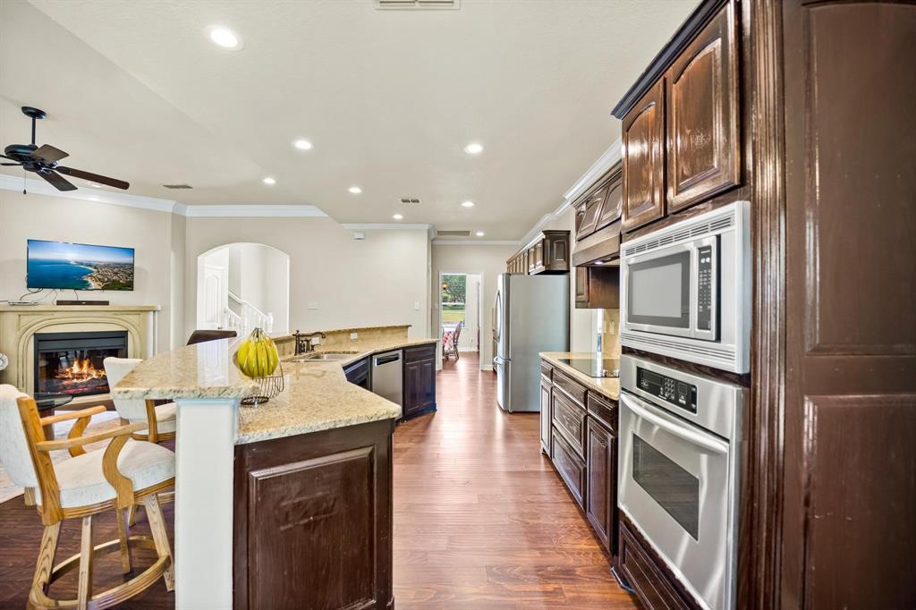 208 Bluff View  Aledo, Texas 76008 - acquisto real estate best luxury buyers agent in texas shana acquisto inheritance realtor