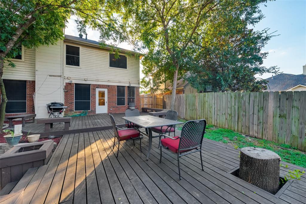 6319 Pierce Arrow  Drive, Arlington, Texas 76001 - acquisto real estate best realtor dfw jody daley liberty high school realtor