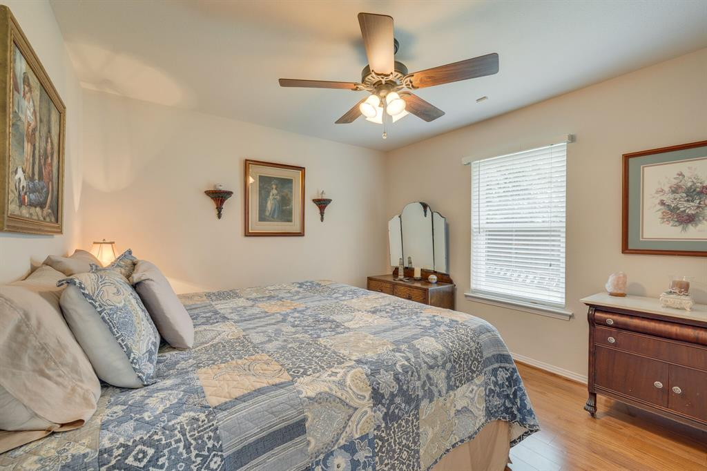 2701 Cedar Springs  Court, Bedford, Texas 76021 - acquisto real estate best listing photos hannah ewing mckinney real estate expert