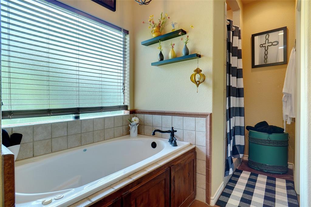 207 Goodson  Way, Denton, Texas 76207 - acquisto real estate best realtor foreclosure real estate mike shepeherd walnut grove realtor