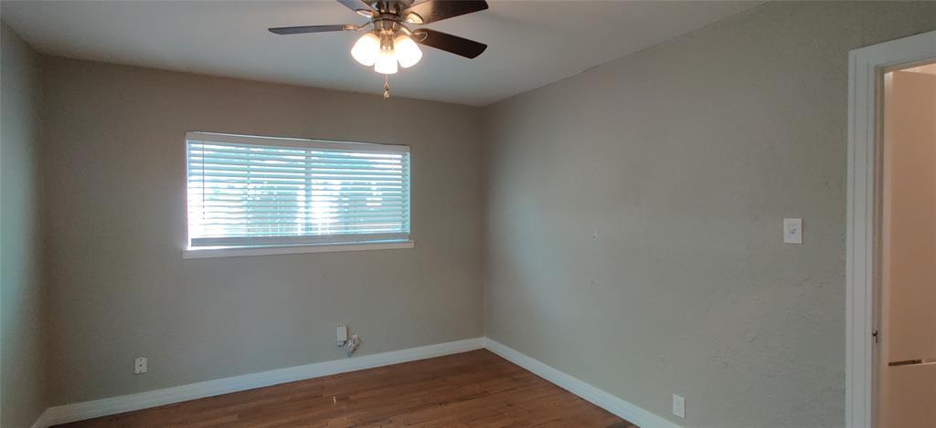 411 Bradley  Street, Denton, Texas 76201 - acquisto real estate best photos for luxury listings amy gasperini quick sale real estate