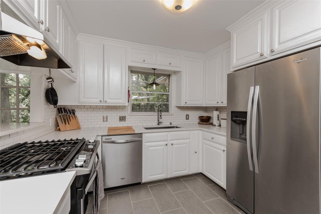 2503 Glenwood  Lane, Denton, Texas 76209 - acquisto real estate best listing listing agent in texas shana acquisto rich person realtor