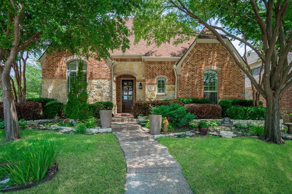 940 Crestmoor  Drive, Allen, Texas 75013 - Acquisto Real Estate best plano realtor mike Shepherd home owners association expert
