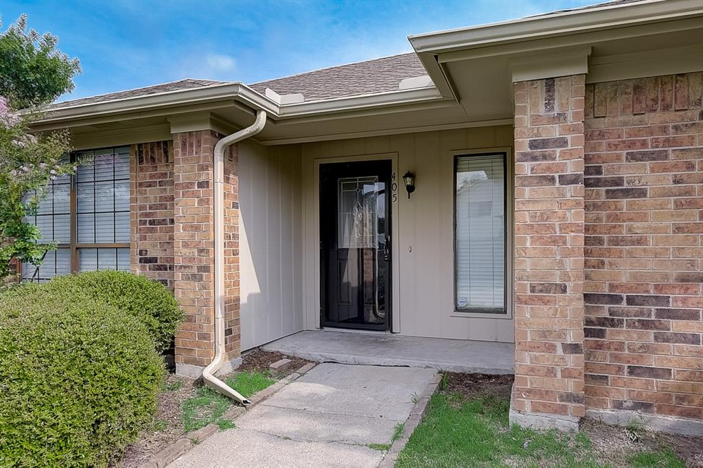 405 Kingsbridge  Court, Garland, Texas 75040 - acquisto real estate best real estate company to work for