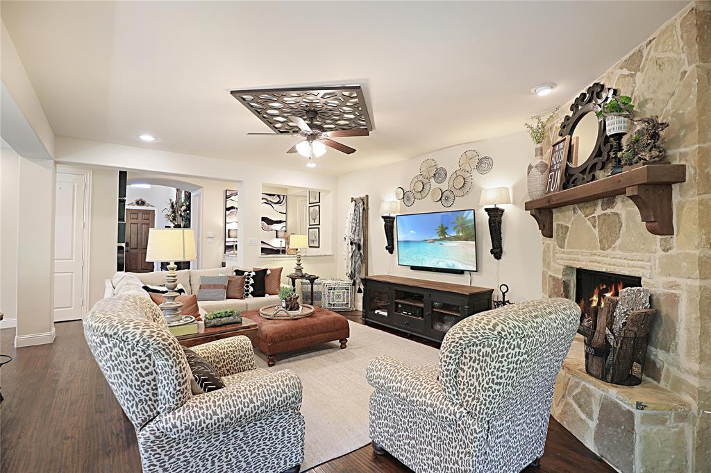 2800 Piersall  Drive, McKinney, Texas 75072 - acquisto real estate best celina realtor logan lawrence best dressed realtor