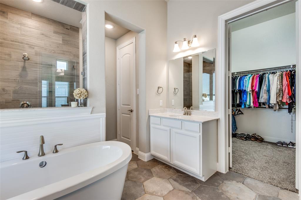 1504 14th  Street, Argyle, Texas 76226 - acquisto real estate best designer and realtor hannah ewing kind realtor