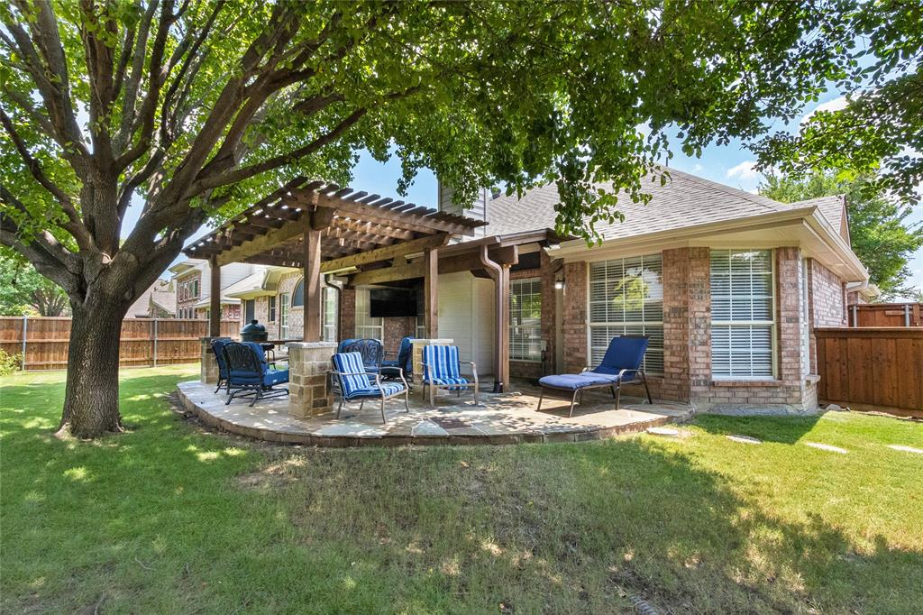 8712 Falcon Crest  Drive, McKinney, Texas 75072 - acquisto real estaet best boutique real estate firm in texas for high net worth sellers