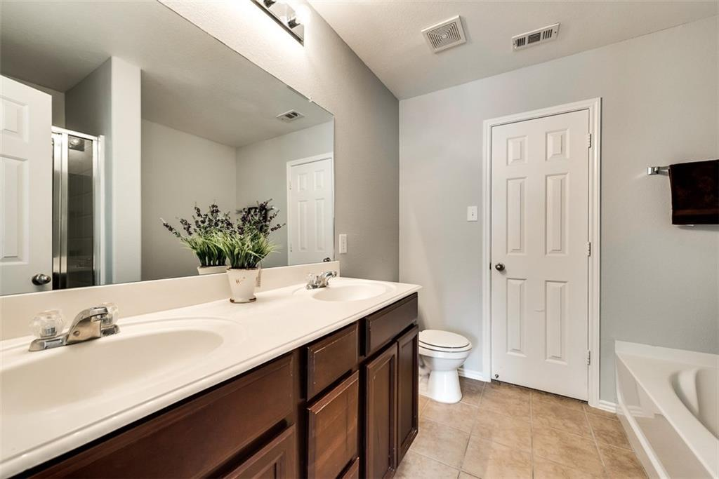 9841 Fleetwood  Drive, Frisco, Texas 75035 - acquisto real estate best real estate company to work for