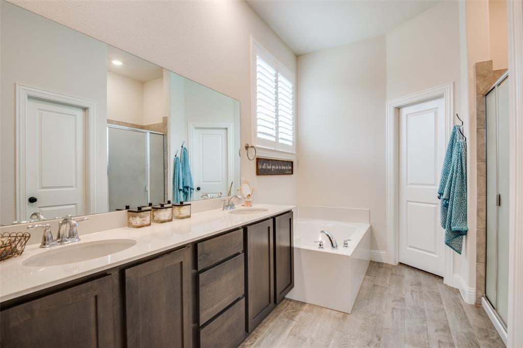 2805 Half Moon  Road, Aubrey, Texas 76227 - acquisto real estate best designer and realtor hannah ewing kind realtor