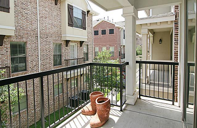 2014 Azure Pointe  Richardson, Texas 75080 - acquisto real estate best listing listing agent in texas shana acquisto rich person realtor