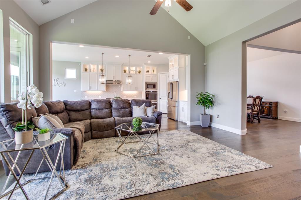 1920 Foxglen  Drive, Prosper, Texas 75078 - acquisto real estate best listing listing agent in texas shana acquisto rich person realtor