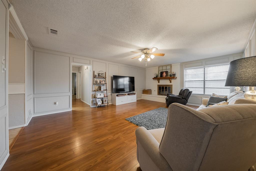 2732 Meadow Green  Bedford, Texas 76021 - acquisto real estate best prosper realtor susan cancemi windfarms realtor