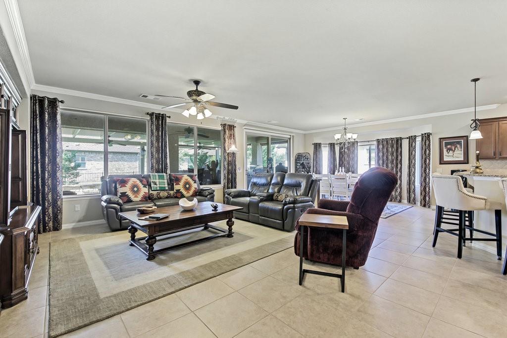 11901 Glenbrook  Street, Denton, Texas 76207 - acquisto real estate agent of the year mike shepherd
