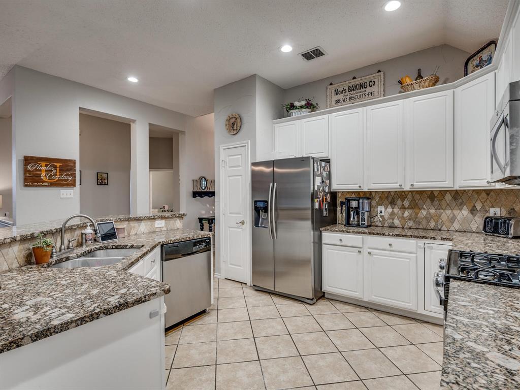 1854 Crosshaven  Drive, Lewisville, Texas 75077 - Acquisto Real Estate best mckinney realtor hannah ewing stonebridge ranch expert