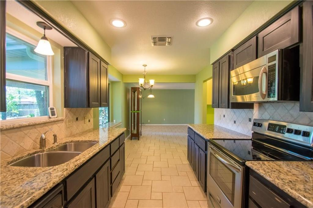 1111 Johnson  Street, Benbrook, Texas 76126 - acquisto real estate best style realtor kim miller best real estate reviews dfw