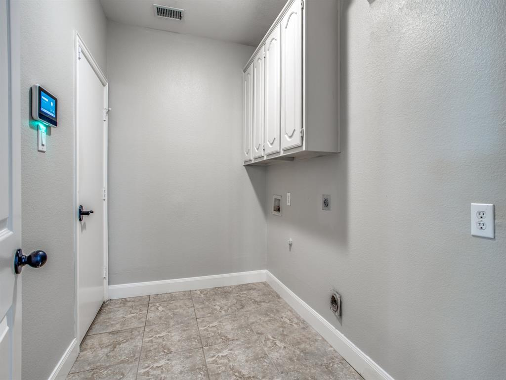 4901 Plantation  Lane, Frisco, Texas 75035 - acquisto real estate best negotiating realtor linda miller declutter realtor