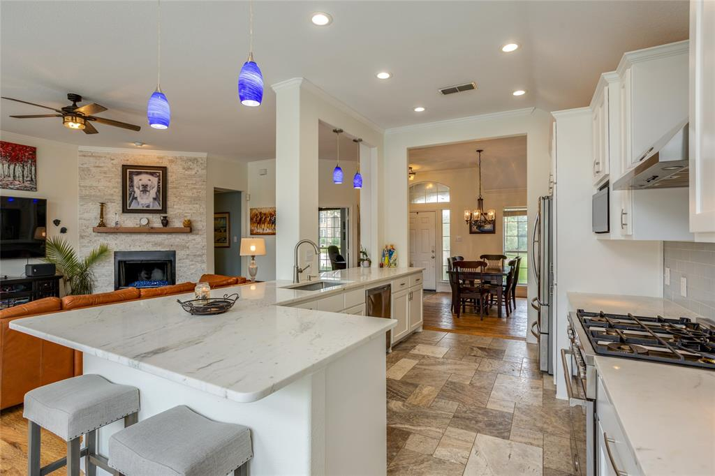 901 Hemingway  Court, Allen, Texas 75002 - acquisto real estate best real estate company to work for