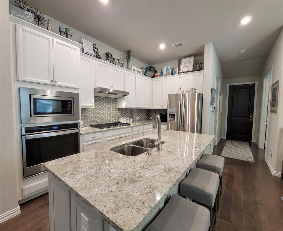 2110 Aquilla  Court, Irving, Texas 75062 - acquisto real estate best designer and realtor hannah ewing kind realtor