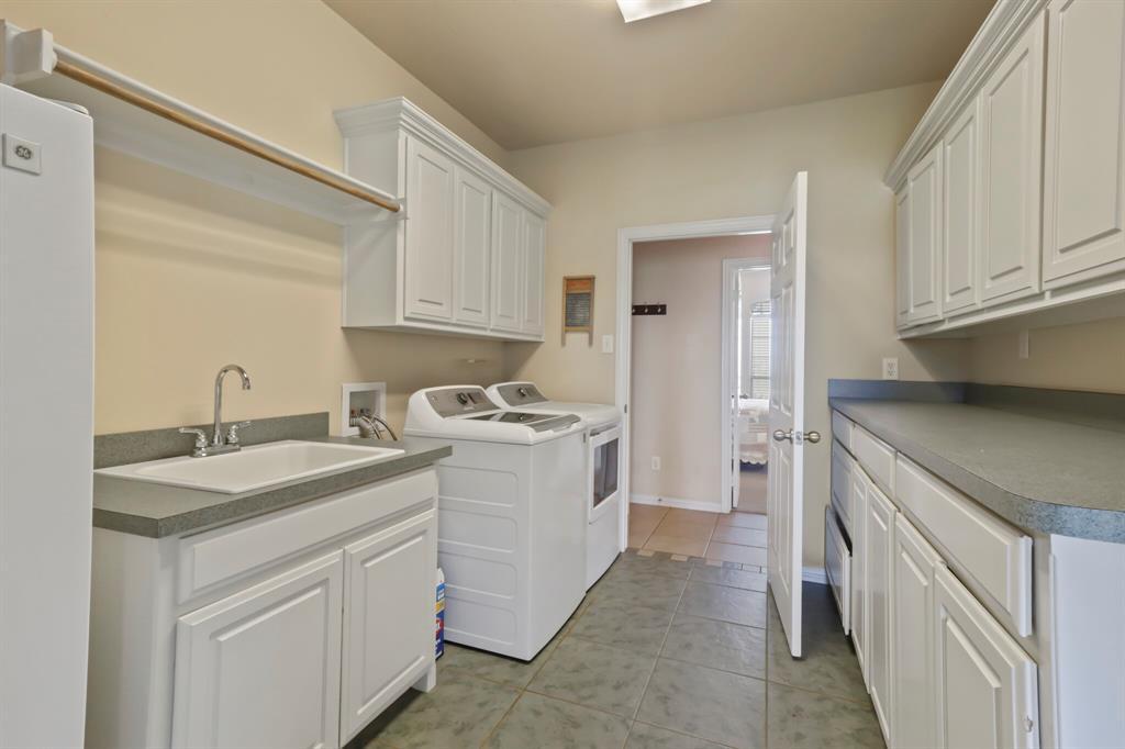 4760 Bonnie Brae  Street, Denton, Texas 76207 - acquisto real estate mvp award real estate logan lawrence